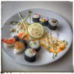 Sushi de betteraves crues, wasabi et sauge pour un event traiteur avec YoBird Agency